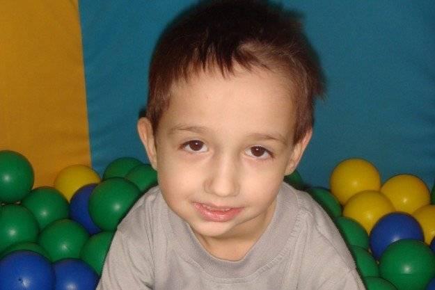 вид ребёнка с артрозом височно-нижнечелюстного сустава