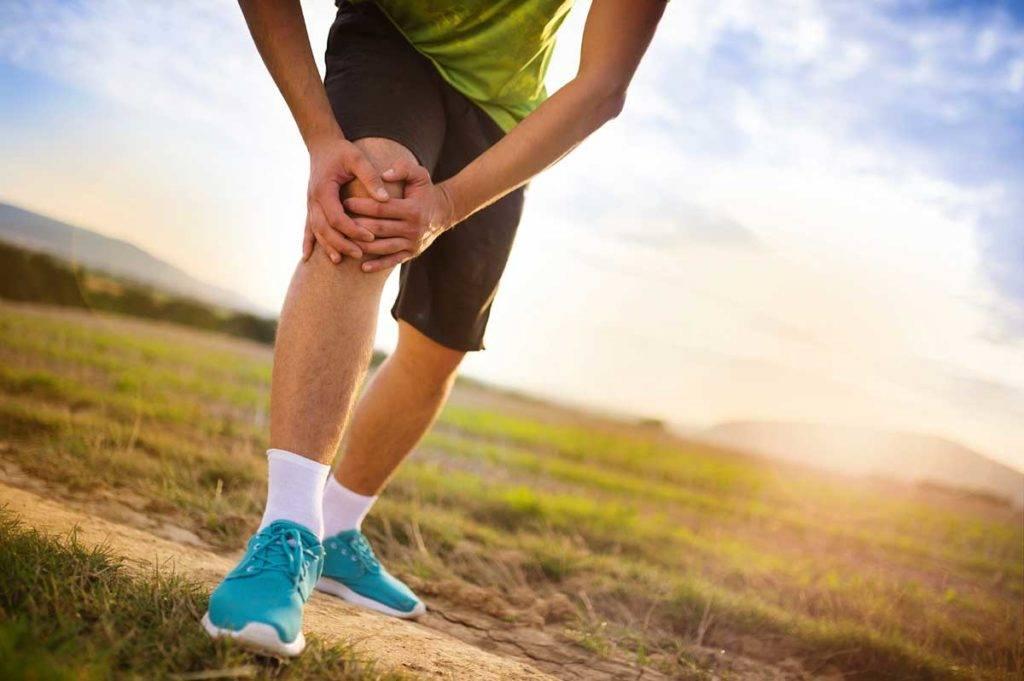 Причины отека колена