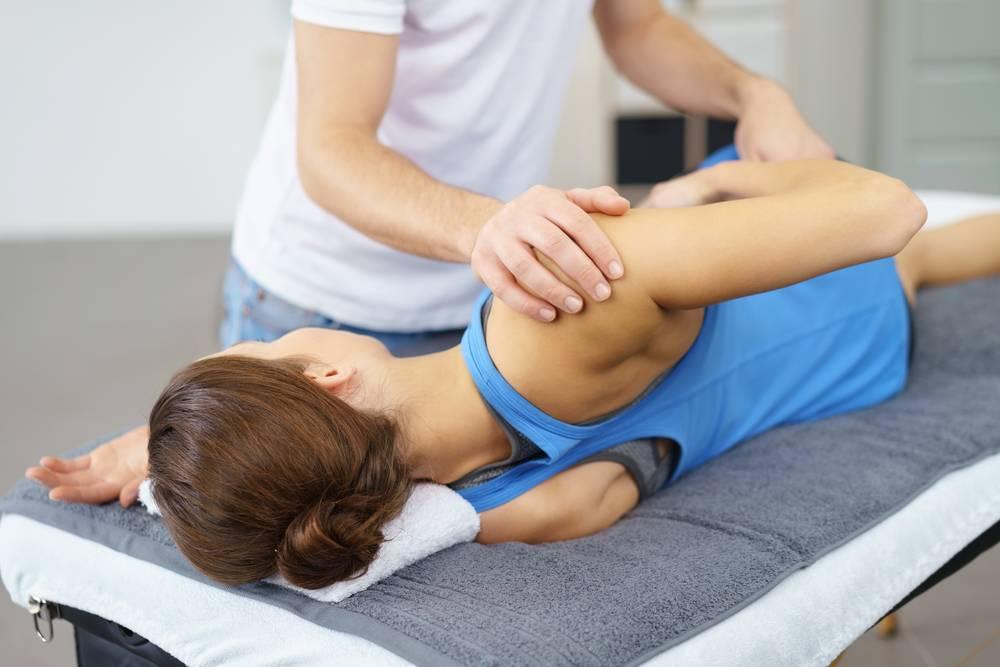 Повязка при вывихе плеча — Суставы
