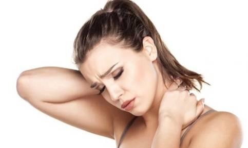 что делать при подвывихе шеи