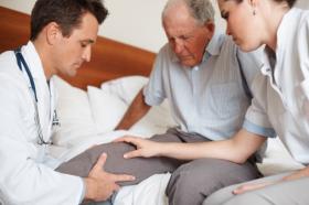На приеме у врача-травматолога