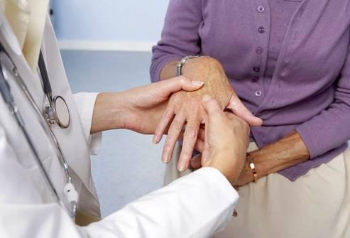 Полиостеоартроз - причины, лечение