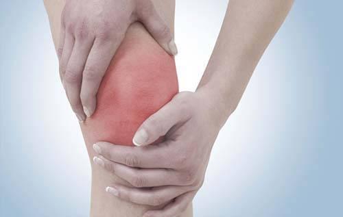 растяжение колена