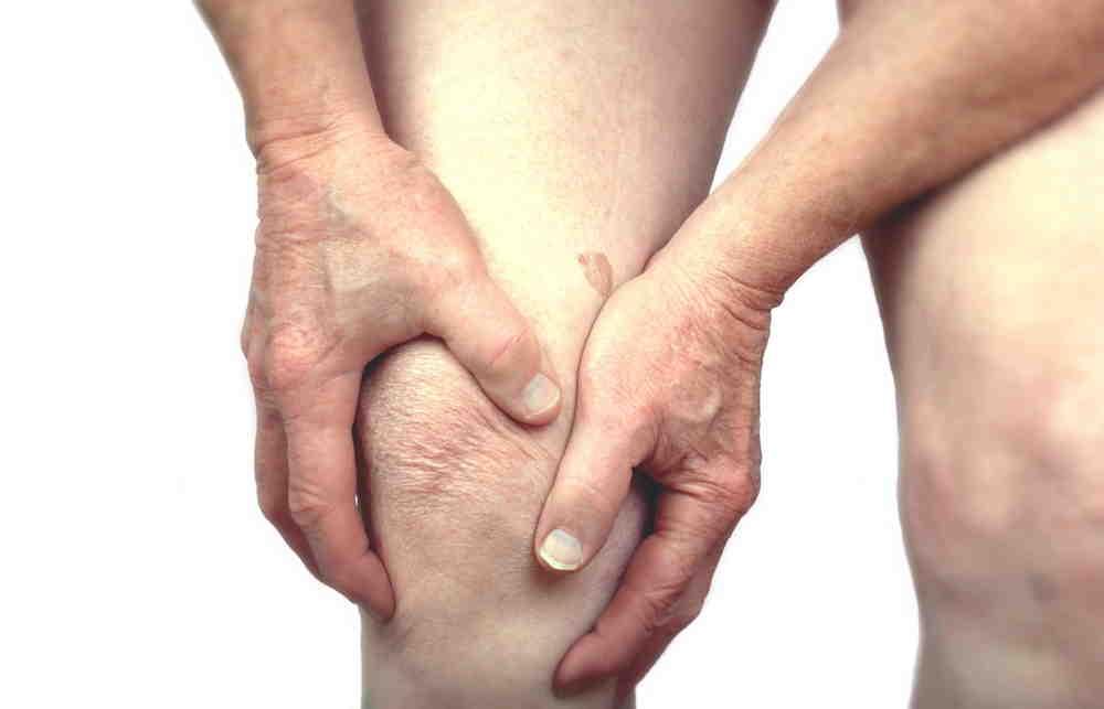 Ревматоидный артрит: симптомы, лечение народными средствами в домашних условиях