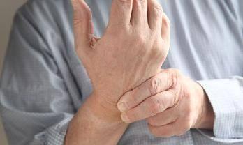 болят суставы пальцев рук лечение