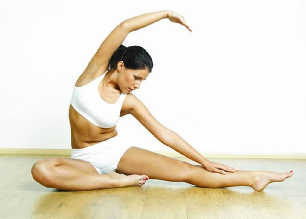 Замирание в определенных позах растягивает мышцы и разрабатывает гибкость суставов