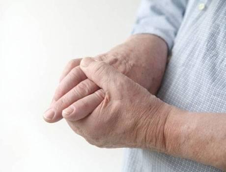 bolyat sustavy paltsev ruk Болит сустав указательного пальца: что делать?