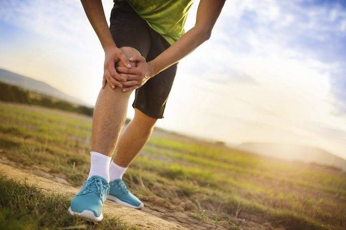 Боли в колене