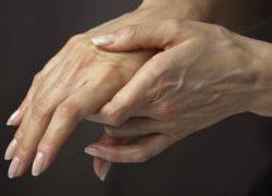 Болит сустав мизинца на левой руке — Суставы