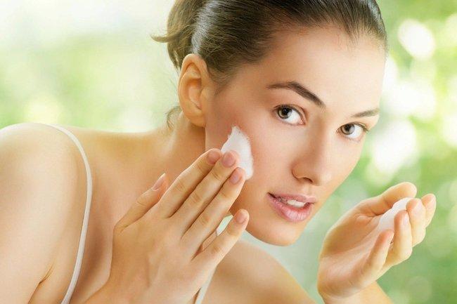 Пять советов по уходу за жирной кожей на лице