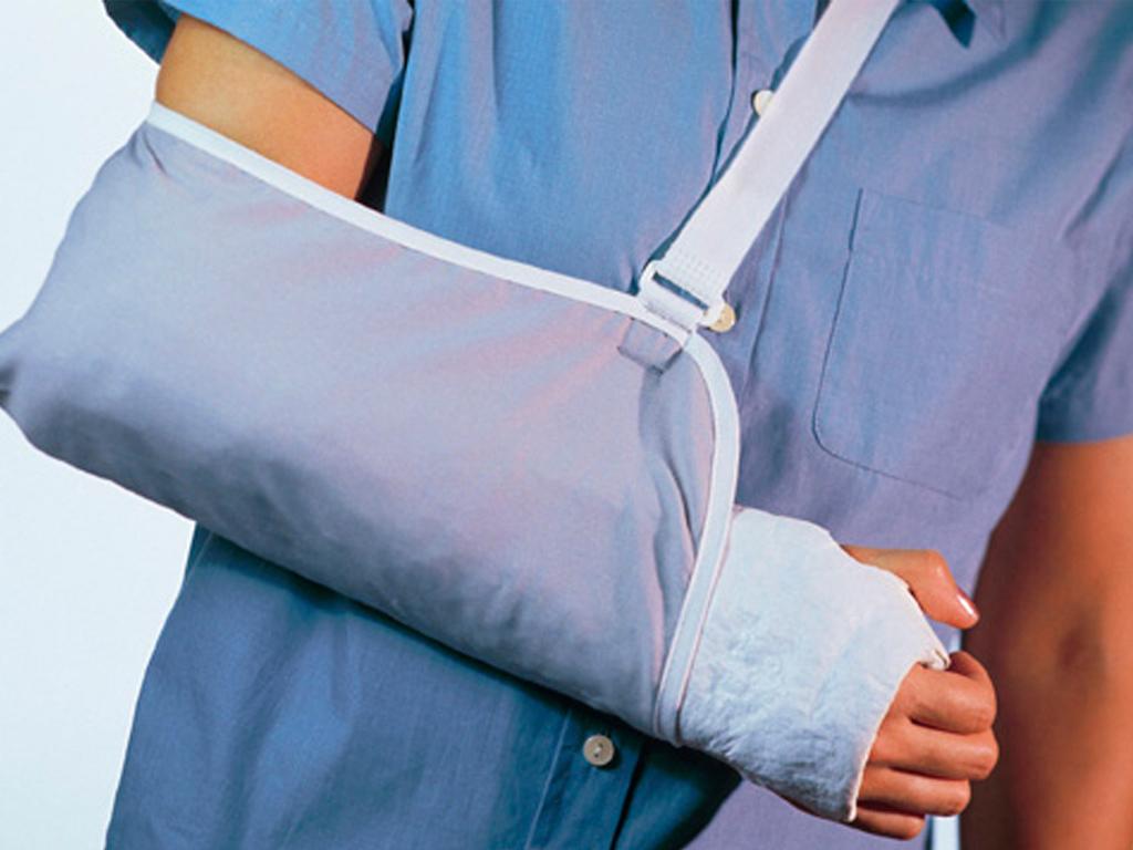 Как помочь пострадавшему при спортивной травмы